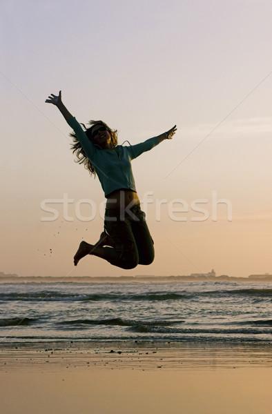 Foto stock: Saltar · playa · mujer · ejercicio · cielo · deporte