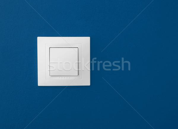 Interruttore della luce semplice blu muro energia vita Foto d'archivio © iko