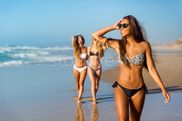 Stockfoto: Liefde · strand · drie · mooie · meisjes