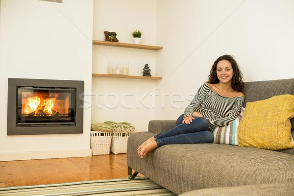 élvezi tél nap gyönyörű nő nappali melegség Stock fotó © iko
