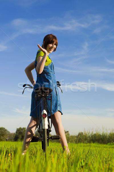 春 幸せな女の子 自転車 見える 戻る ストックフォト © iko