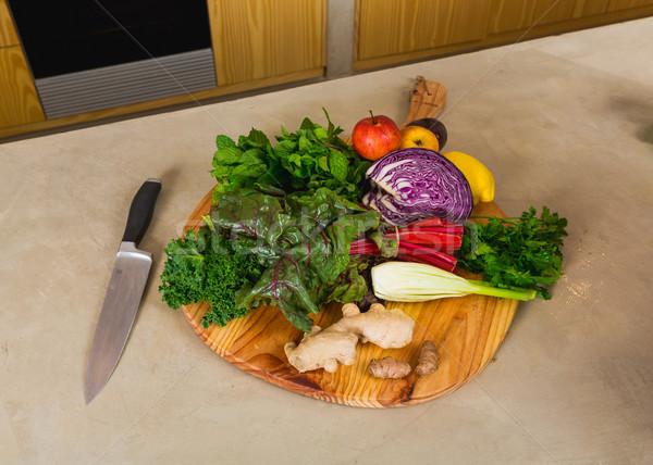 Detoxikáló étel néhány zöldségek felső fa deszka Stock fotó © iko