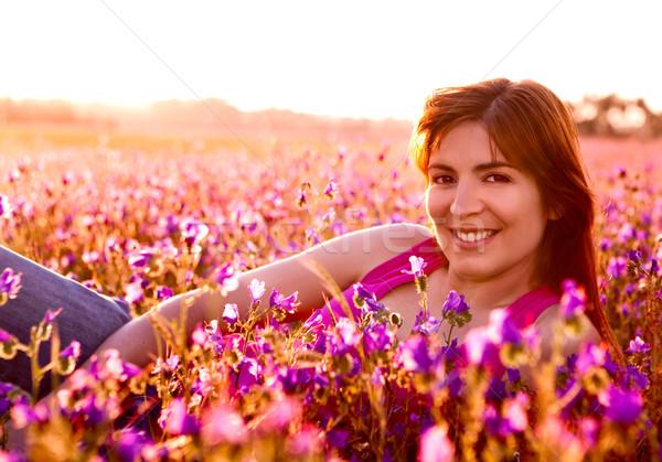 Photo stock: Détente · prairie · belle · jeune · femme · femme