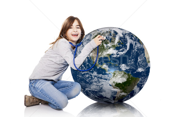 Stockfoto: Planeet · gezondheid · portret · meisje · aarde · stethoscoop