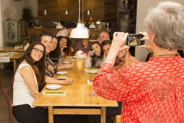 Nagyi elvesz kép összes család ünnepel Stock fotó © iko