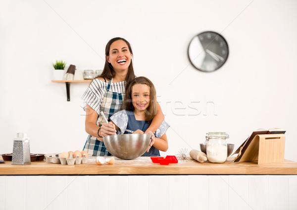 Aprendizagem assar tiro mãe filha Foto stock © iko