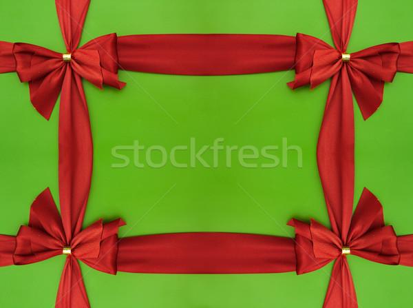 Rosso satinato nastro arco verde carta Foto d'archivio © iko