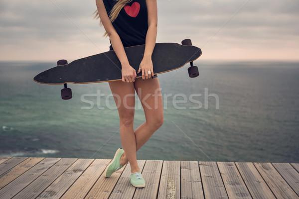 Stock fotó: Görkorcsolyázó · lány · gyönyörű · divat · fiatal · nő · pózol