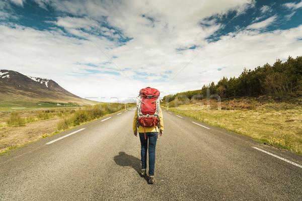 пеший турист туристических женщины готовый Adventure женщину Сток-фото © iko