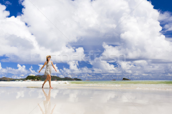 Walking on the beach Stock photo © iko