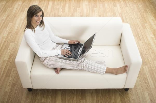 Photo stock: Devoirs · portable · belle · femme · travail · maison · maison