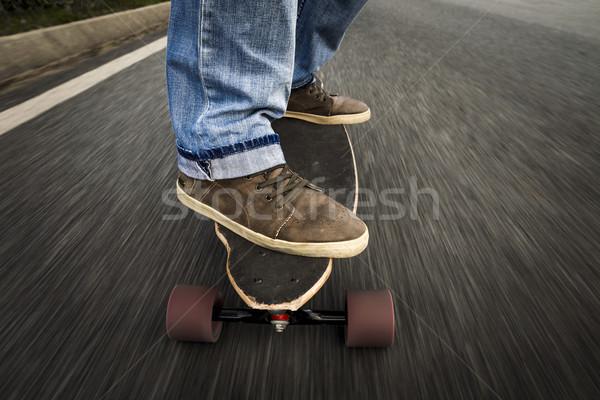 Görkorcsolyázó fiú részlet fiatalember láb lovaglás Stock fotó © iko