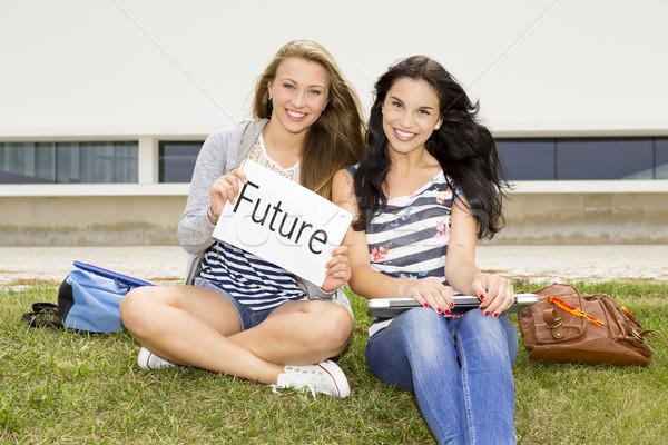 Gelecek okul Öğrenciler düşünme kadın Stok fotoğraf © iko