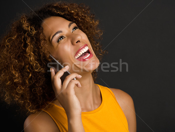 Telefone melhor amigo belo africano americano mulher Foto stock © iko