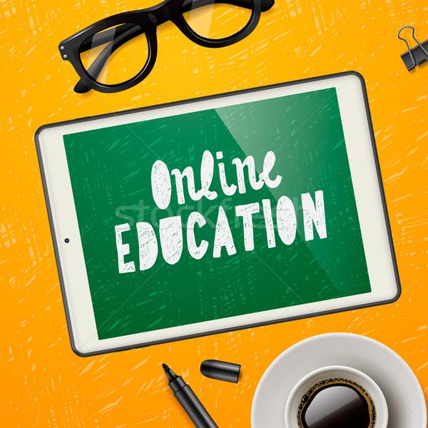 Online oktatás munkaterület berendezés szemüveg csésze Stock fotó © ikopylov