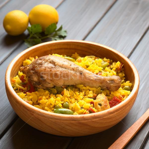 Spaans kip houten kom traditioneel rijst Stockfoto © ildi