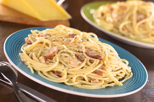 Spaghetti due pasta pancetta uova formaggio Foto d'archivio © ildi