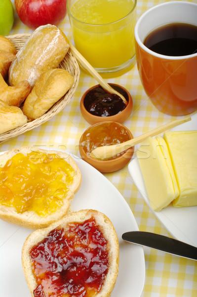 Atasco desayuno jugo de naranja café frutas atención selectiva Foto stock © ildi