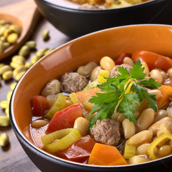 Sopa de frijol albóndigas otro hortalizas canario perejil Foto stock © ildi