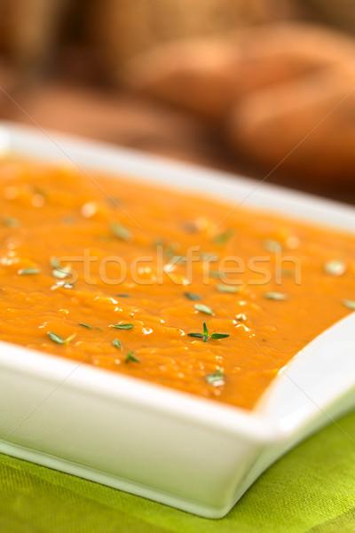 Zoete aardappel soep kom vers eigengemaakt selectieve aandacht Stockfoto © ildi
