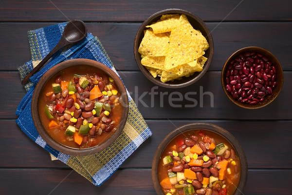 Vegetariano chile tiro dos rústico bolos Foto stock © ildi