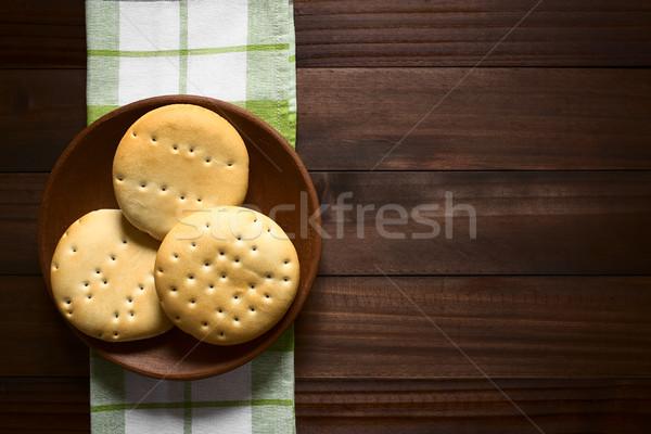 Kenyér tekercsek hagyományos rusztikus tányér sötét Stock fotó © ildi