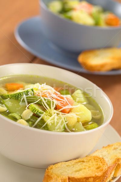 Frescos sopa tazón completo casero vegetariano Foto stock © ildi
