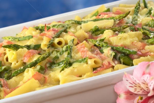 Groene geraspte kaas top roze inca lelie Stockfoto © ildi
