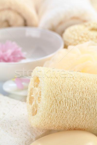 Estância termal natureza morta esponja sabão flor toalhas Foto stock © ildi