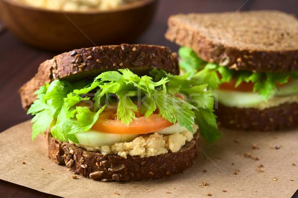 Vegan teljes kiőrlésű szendvics zeller levelek paradicsom Stock fotó © ildi