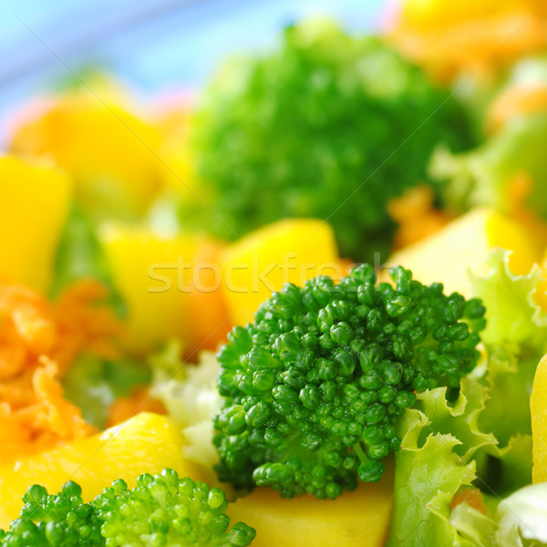 Brocoli fraîches salade mangue carotte laitue Photo stock © ildi