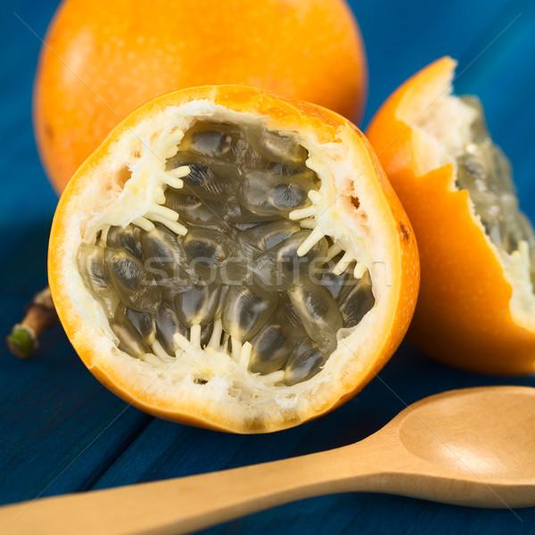 Zoete vruchten gesneden half zaden sappig Stockfoto © ildi