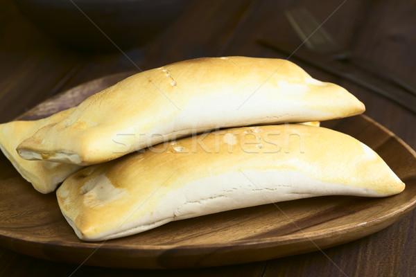 ペストリー 伝統的に ソーセージ チーズ 自然光 ストックフォト © ildi