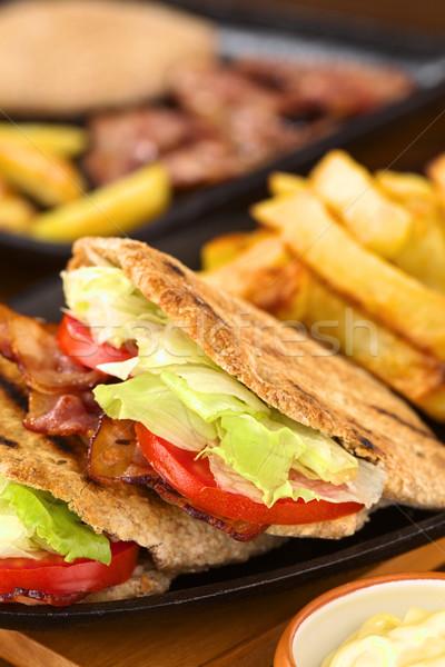 Blt ピタ麻 サンドイッチ 新鮮な 自家製 ベーコン ストックフォト © ildi