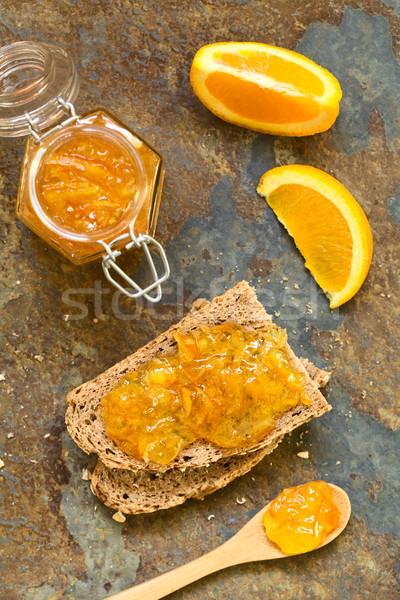 Narancs lekvár teljes kiőrlésű kenyér szeletek természetes fény Stock fotó © ildi