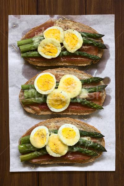 Prosciutto asparagi uovo formaggio sandwich Foto d'archivio © ildi