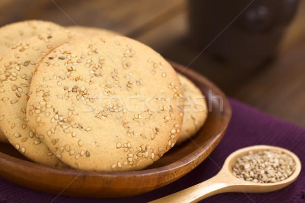 Gergelim bolinhos prato foco foco Foto stock © ildi