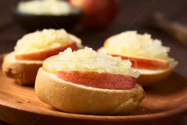 яблоко кислая капуста сэндвич пластина Сток-фото © ildi