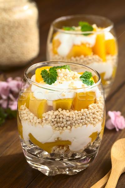 Iogurte pêssego óculos escuro madeira Foto stock © ildi