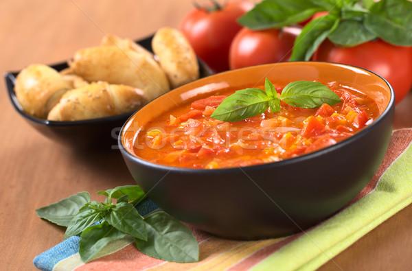 Zupa pomidorowa pomidory marchew cebule bazylia liści Zdjęcia stock © ildi