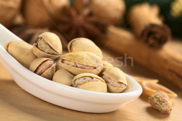 Pistache noix shell mise au point sélective accent Photo stock © ildi