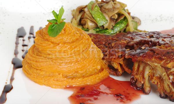 Patata dolce costola verdura coperto rosso salsa Foto d'archivio © ildi