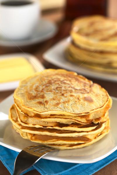 Vers eigengemaakt pannenkoeken koffie boter esdoorn Stockfoto © ildi
