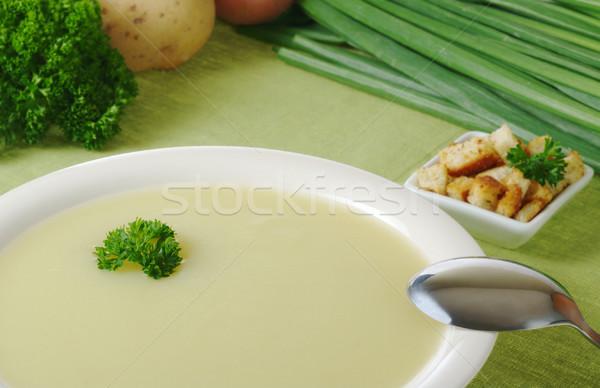 Aardappelsoep peterselie top ingrediënten selectieve aandacht brood Stockfoto © ildi