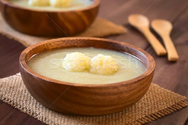 Creme couve-flor sopa tigela madeira Foto stock © ildi
