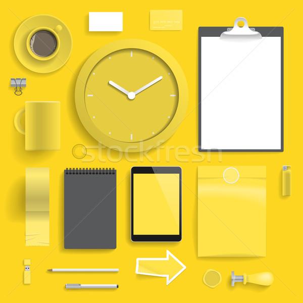 Entreprise identité modèle jaune couche imprimer Photo stock © ildogesto