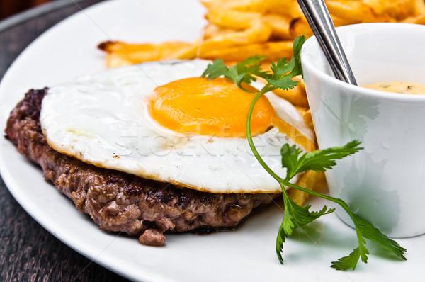 Clássico inglês café da manhã ovo fries restaurante Foto stock © ilolab