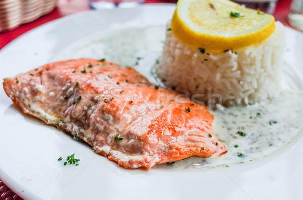 Grelhado salmão limão cozinha francesa prato peixe Foto stock © ilolab