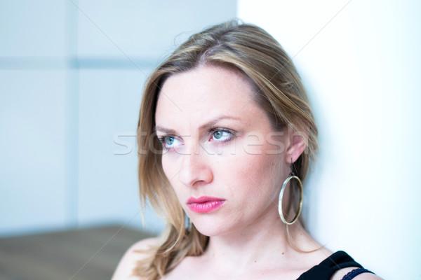 Pensando mujer retrato jóvenes persona Foto stock © ilolab