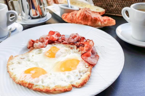 Előkészített tojás szalonna nap étel vacsora Stock fotó © ilolab